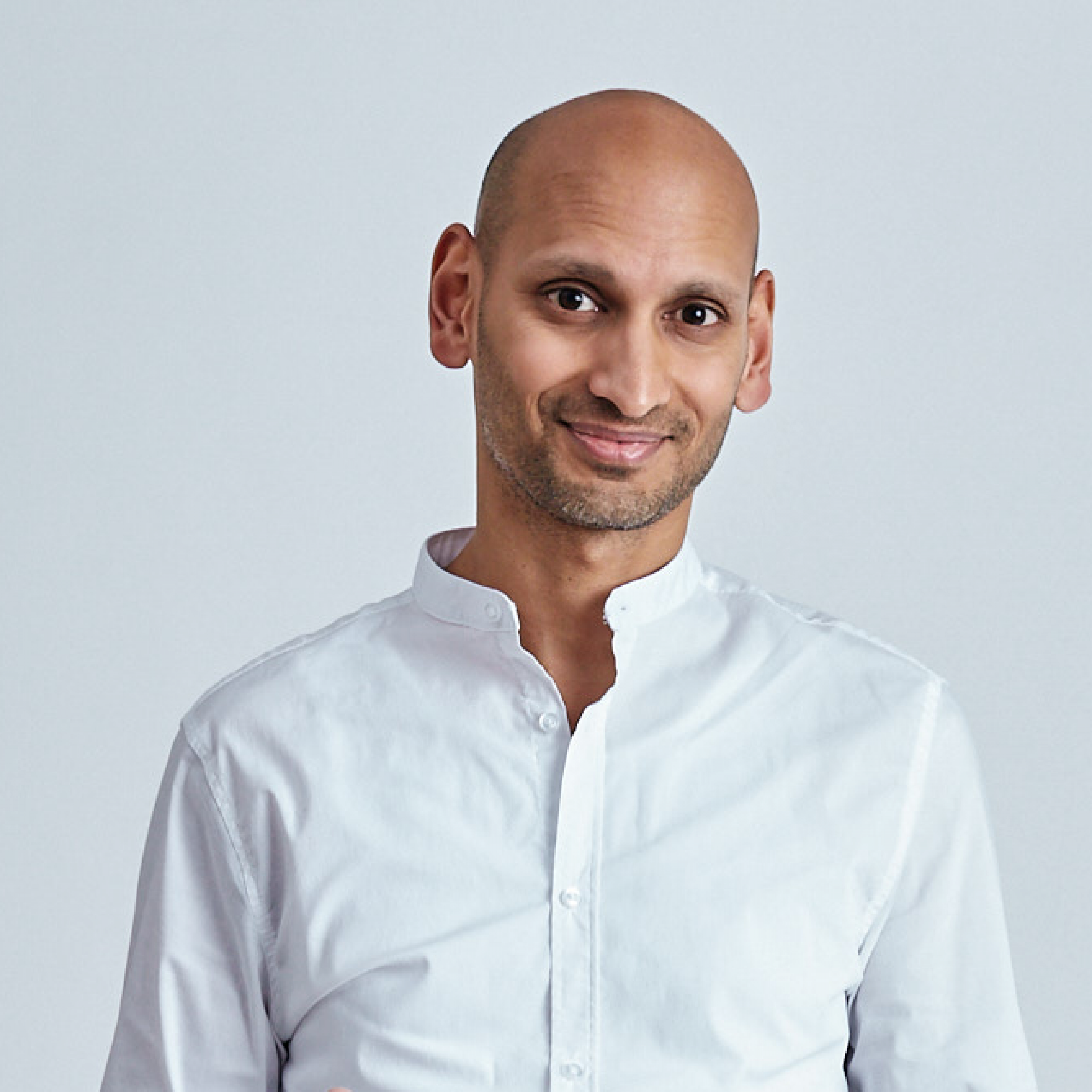 Dr. med. Rahul Mukherjee, Begründer der MPOMWERMEDIZIN